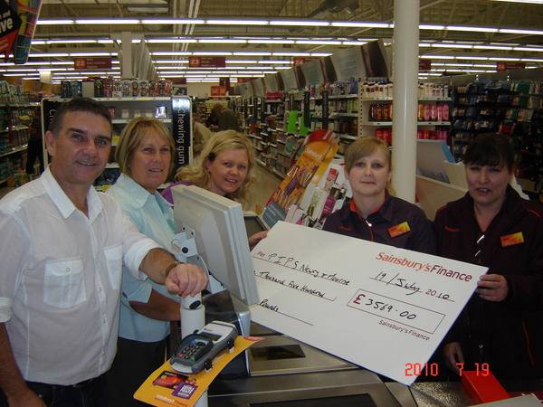 SAINSBURYS CHEQUE PRESENTATION 3567.00